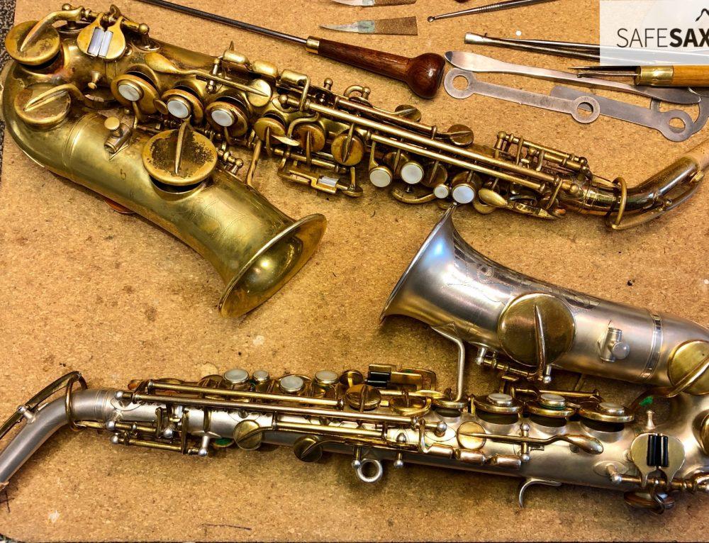 2 x Buescher sopraan sax uit 1925